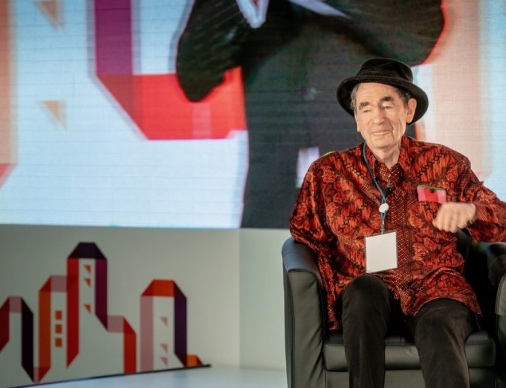 Business has a role to play in addressing land issue – Albie Sachs